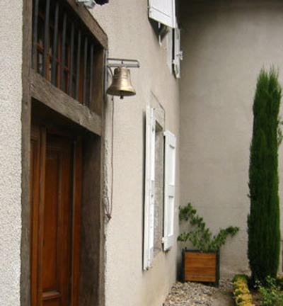 Entrance door bell or gate bell in genuine bronze - Acheter une cloche de porte ...